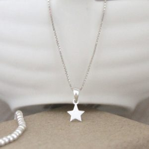 Sterling Silver Dinky Star Necklace