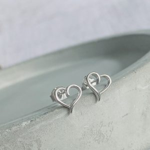 Silver Cut Out Heart Stud Earring